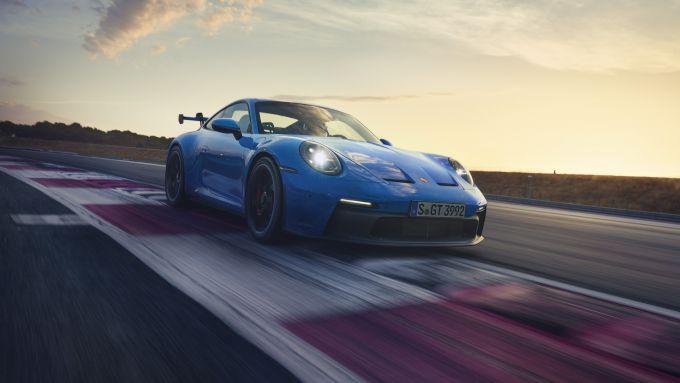 Nuova Porsche 911 GT3: downforce portato al massimo