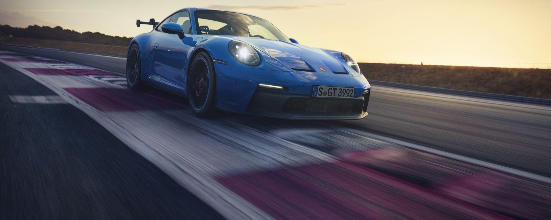 Nuova Porsche 911 GT3 il nuovo bombardone tedesco!
