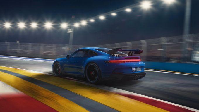 Nuova Porsche 911 GT3: motore flat-six 4,0 litri da 510 CV