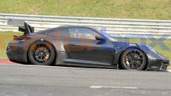 """Nuova Porsche 911 GT3 RS, al 'Ring in formato """"beast mode"""". Le foto spia - Immagine: 3"""