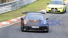 """Nuova Porsche 911 GT3 RS, al 'Ring in formato """"beast mode"""". Le foto spia - Immagine: 9"""