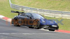Nuova Porsche 911 GT3 RS 2021: foto spia, motore, ultime news