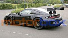 Nuova Porsche 911 GT3 RS: visuale di 3/4 posteriore
