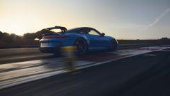 Nuova Porsche 911 GT3: visuale di 3/4 posteriore