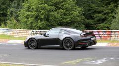 Porsche: avvistata la nuova 911 al Ring. Ecco il video - Immagine: 16