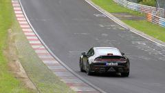 Porsche: avvistata la nuova 911 al Ring. Ecco il video - Immagine: 18