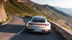 Nuova Porsche 911 Carrera: non è mai stata cosi bella, anche se...  - Immagine: 6