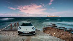 Nuova Porsche 911 Carrera: non è mai stata cosi bella, anche se...  - Immagine: 20