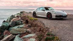 Nuova Porsche 911 Carrera: non è mai stata cosi bella, anche se...  - Immagine: 1