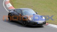 Nuova Porsche 911 Safari: il prototipo in pista per i collaudi