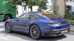 Nuova Porsche 911: in blu e in rosso, senza veli al 'Ring - Immagine: 14