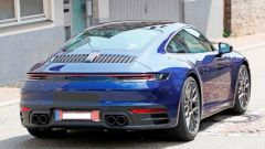 Nuova Porsche 911: in blu e in rosso, senza veli al 'Ring - Immagine: 15