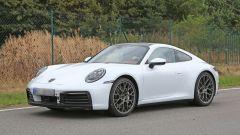 Nuova Porsche 911: in blu e in rosso, senza veli al 'Ring - Immagine: 10
