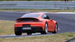 Nuova Porsche 911: in blu e in rosso, senza veli al 'Ring - Immagine: 6