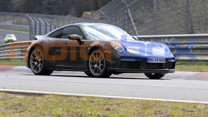 Nuova Porsche 911 Sport Classic: stile classico ma meccanica di ultima generazione