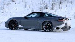 Nuova Porsche 911 targa 2020: di lato mostra la sua parte migliore