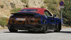 Nuova Porsche 911 Turbo Cabrio 2020, il posteriore