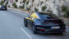 Nuova Porsche 911 Turbo: sarà coupé e cabriolet