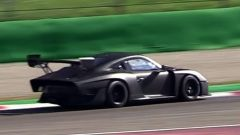 Nuova Porsche 935: la Moby Dick in video dal Circuito di Monza - Immagine: 3