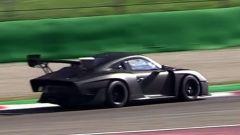 Nuova Porsche 935: la Moby Dick in video dal Circuito di Monza - Immagine: 14