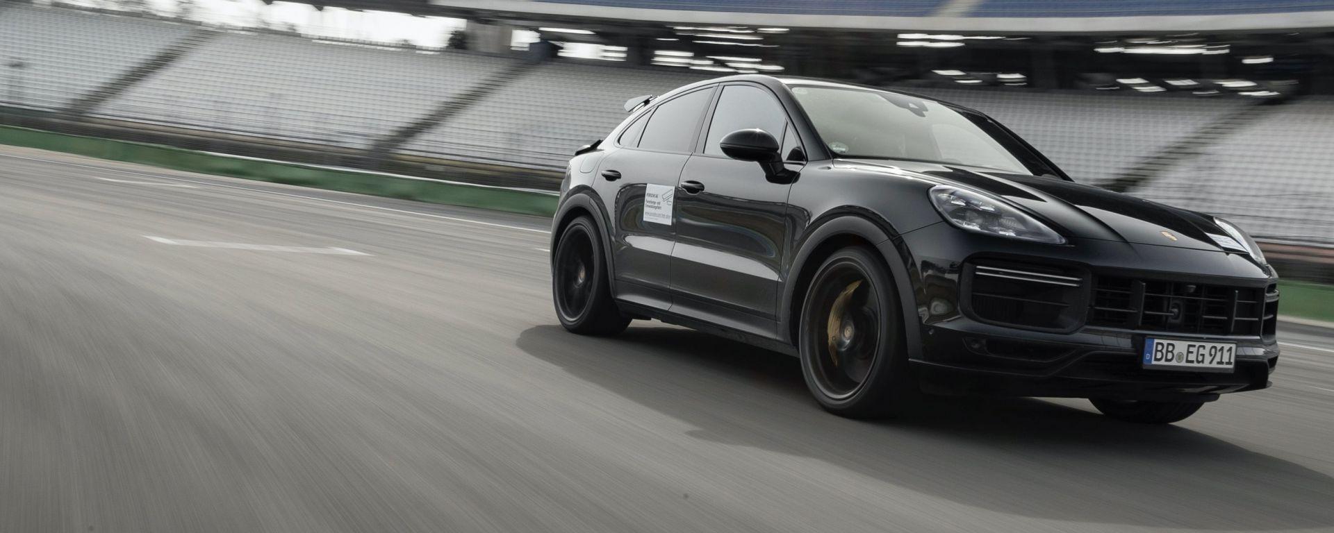 Nuova Porsche Cayenne Coupé Turbo S