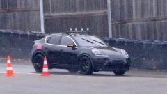 Nuova Porsche Macan EV: autonomia presunta di oltre 480 km