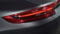 Nuova Porsche Panamera 2017 - Le luci in coda ora sono tridimensionali, come il resto della famiglia (o quasi)