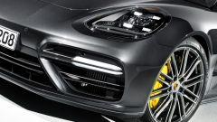 Nuova Porsche Panamera 2017 - Se non vi bastano i freni di serie (e vi bastano...) optional ci sono i carboceramici