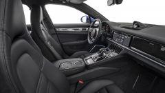Nuova Porsche Panamera 2017 - stile sobrio, finiture eleganti e qualità impeccabile fatta per durare. E' una Porsche