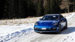 Nuova Porsche Panamera 2017 - temperature sottozero, strada salata e gomme invernali