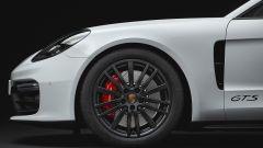 Nuova Porsche Panamera GTS: elogio al V8 in chiave sportiva - Immagine: 4