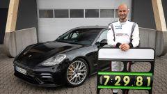 Nuova Porsche Panamera: il record siglato da Lars Kern