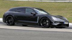 Porsche Taycan Sport Turismo video al Nurburgring
