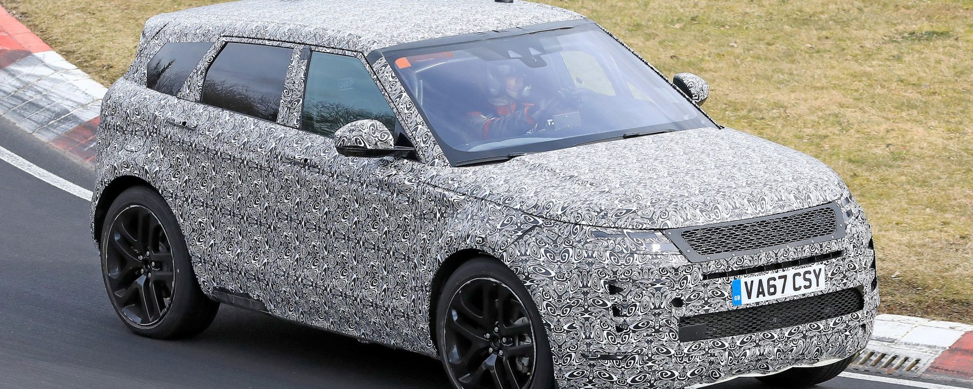 Nuova Range Rover Evoque: arriva nel 2019 e sarà mild hybrid