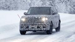 Nuova Range Rover LWB: interni extralusso e spazio a volontà