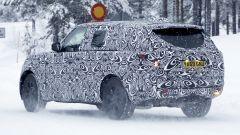 Nuova Range Rover LWB: una immagine del 3/4 posteriore