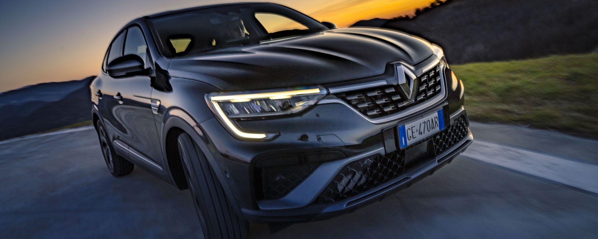 Nuova Renault Arkana 2021: il primo SUV/coupé della Casa francese