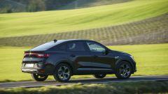 Nuova Renault Arkana 2021: padiglione molto inclinato e coda corta