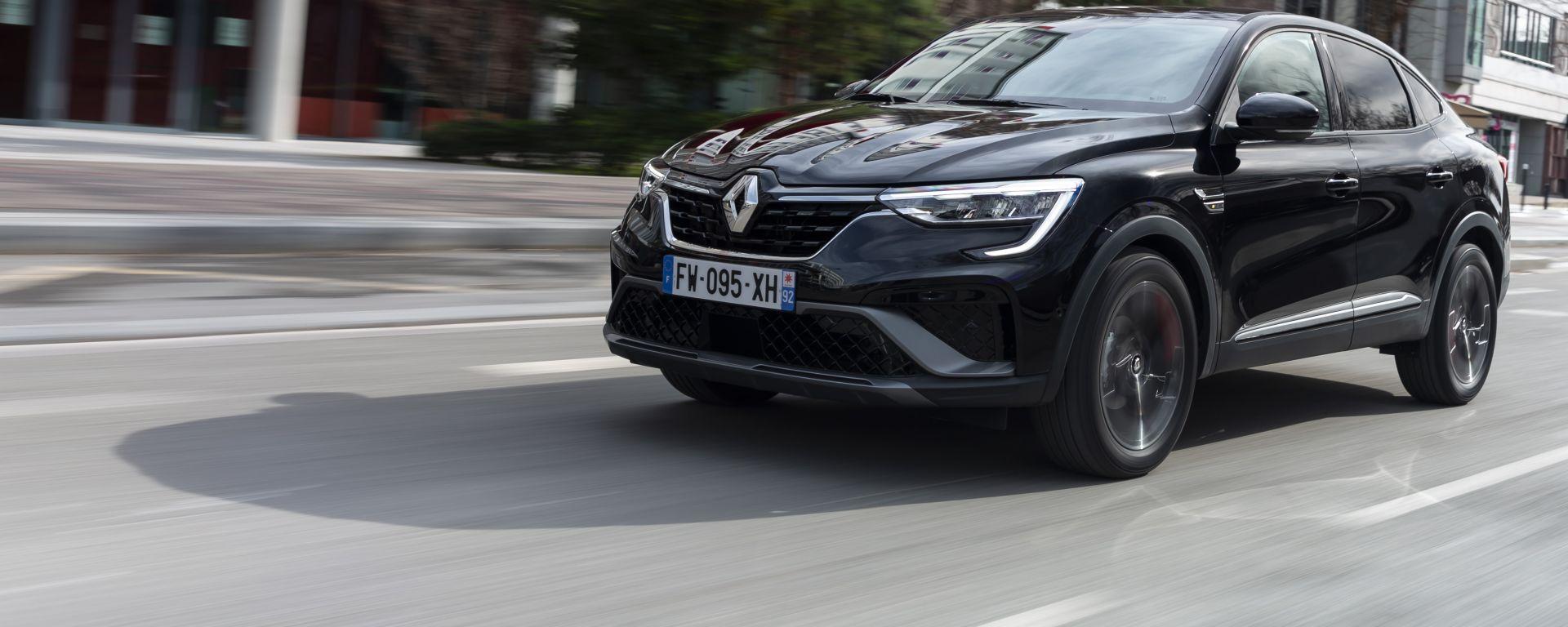 Nuova Renault Arkana, via al countdown