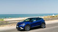 Nuova Renault Captur E-Tech Hybrid: anche in versione sportiva R.S. Line