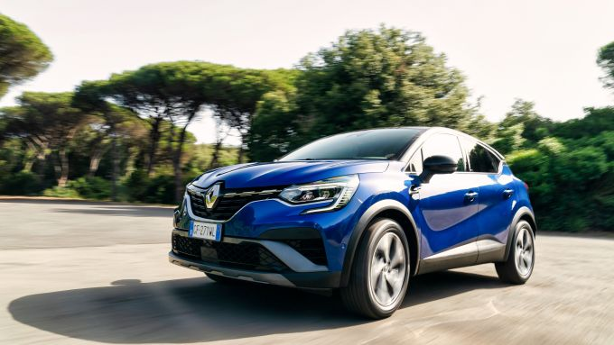 Nuova Renault Captur E-Tech Hybrid: motore da 143 CV complessivi
