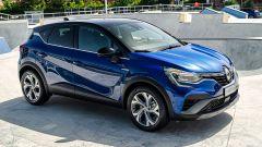 Nuova Renault Captur E-Tech Hybrid: una vista di 3/4 anteriore