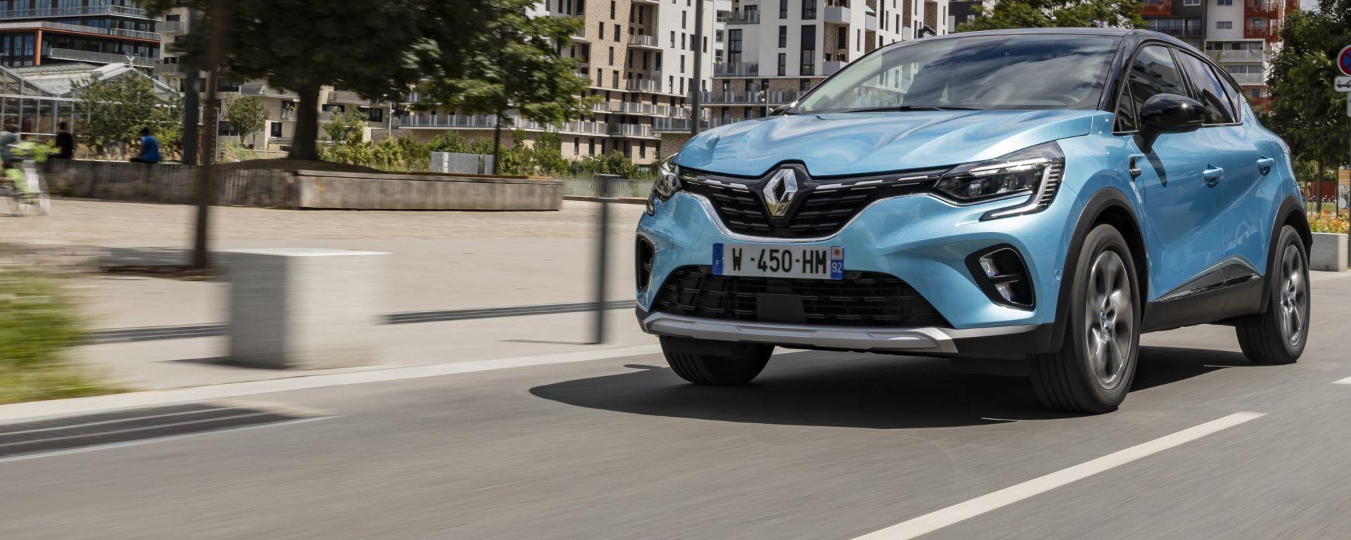 Nuova Renault Captur E-Tech Plug-in