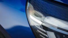 Nuova Renault Clio 2019: dettaglio del gruppo ottico anteriore