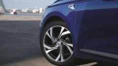 Nuova Renault Clio 2019: la ruota anteriore