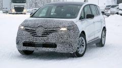 Nuova Renault Espace 2019: cambierà di poco il frontale