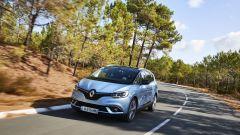Nuova Renault Grand Scenic: vista 3/4 anteriore