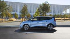 Nuova Renault Grand Scenic: vista laterale