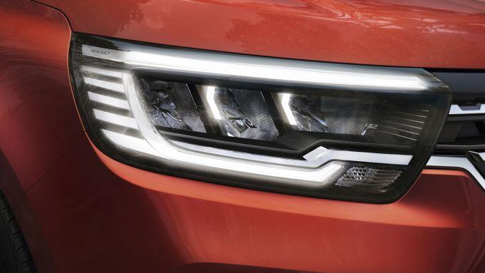 Nuova Renault Kangoo 2021: la firma ottica anteriore