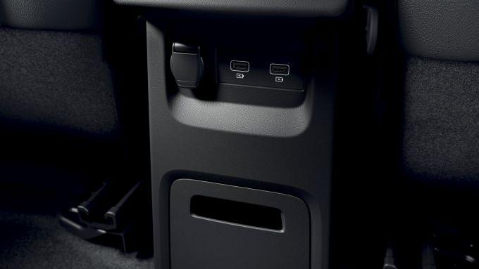 Nuova Renault Kangoo 2021: le prese USB posteriori
